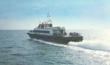 Crew Catamaran - 34M