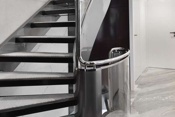in_7_staircase_1